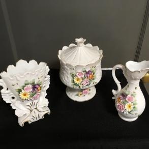 Lefton porcelain pieces.