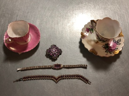 Vintage jewelry and tea cups galaore!