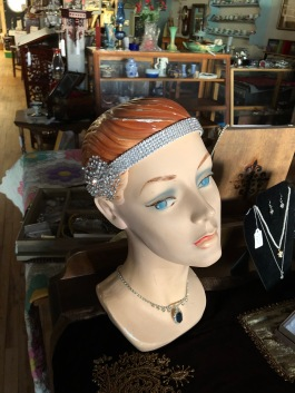 Beautiful vintage jewelry for your special event!