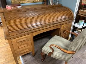 Antique Roll Top Desk!