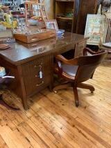 Tiger Oak Desk w/Rolling Chair