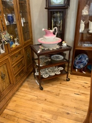 Rare Rolling Cart w/Removable Tray