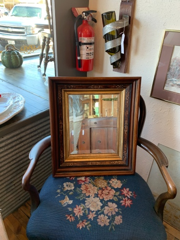 Lovely Vintage Mirror.