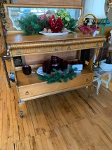 Stunning Oak Buffet w/Mirror