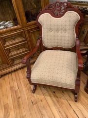 Gorgeous Vintage Rocker! Oh So Comfy!!