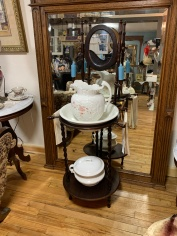 Unique Wash Stand with Porcelain Bowl/Chamber Pot
