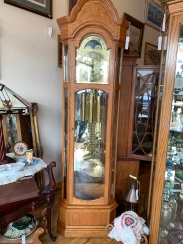 Gorgeous Chiming Grandfather Clock